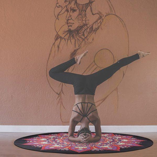 round large rubber meditation mat